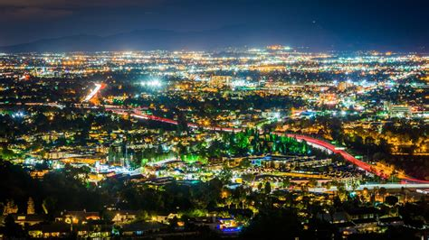 refacing san fernando valley a comprehensive guide to the san fernando valley s