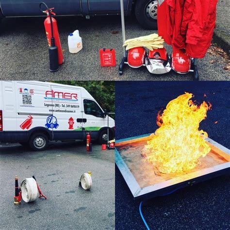vasche antincendio noleggio estintori attrezzature per corsi antincendio