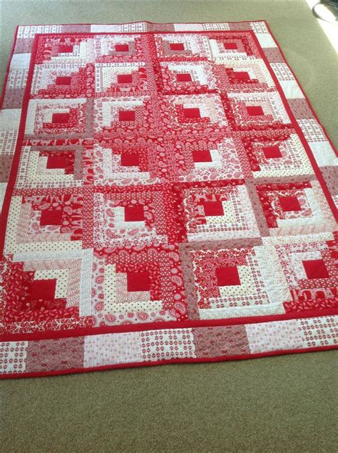 my and white log cabin log cabin quilts