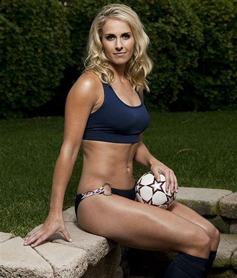 female hot all the time top 10 hottest female athletes of all time