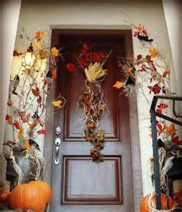Front Door Fall Decor Get Into The Seasonal Spirit 15 Fall Front Door D 233 Cor Ideas
