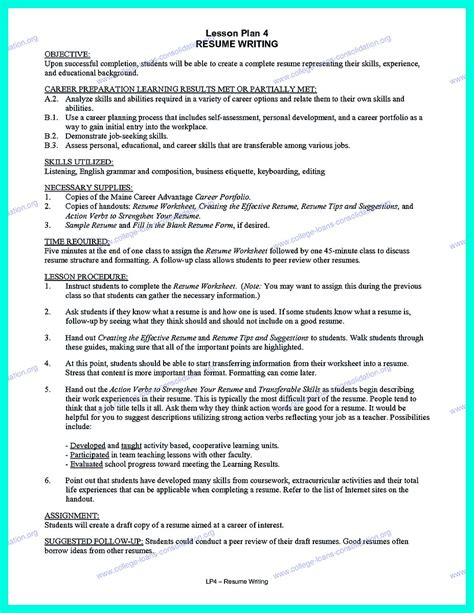 creating a college application resume it is necessary to