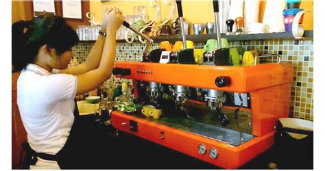 Mesin Coffee Conti mengakrabkan diri sama espresso kopi keliling