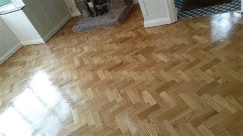 Reclaimed parquet fitting service in London   Step