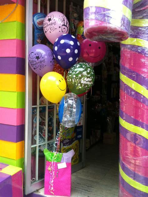 imagenes de regalo con globos deamor tu regalo en una bolsa de regalo que contiene quot la fiesta