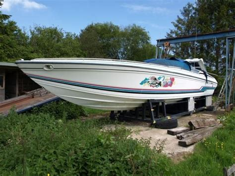 formula boats with diesel engines 1991 formula 419 sr 1 power boat for sale www yachtworld