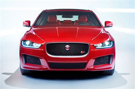 jaguar front 2016 jaguar xe s front view 3 photo 4