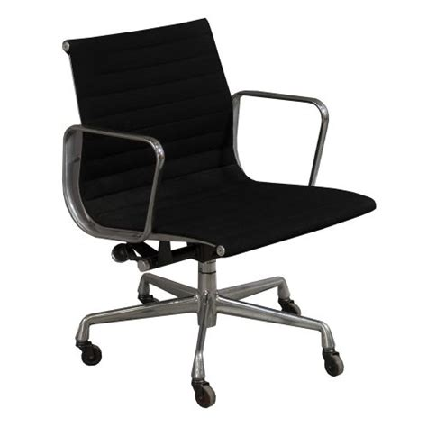 eames management chair used herman miller eames used aluminum management chair