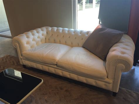 chester style sofa latest home decor trends from ids 2016
