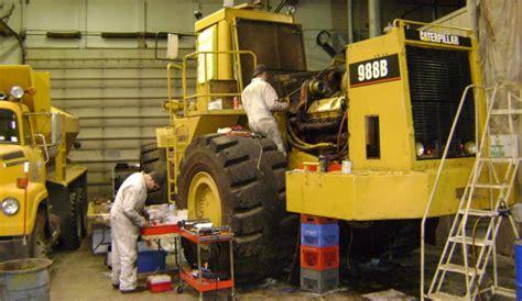 service gear big fix alaska follows master mechanics as they repair heavy equipment and