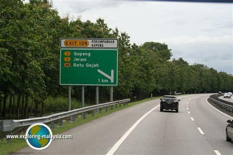 Batu Sungai Dareh A8 south expressway northern route plus e1 malaysia