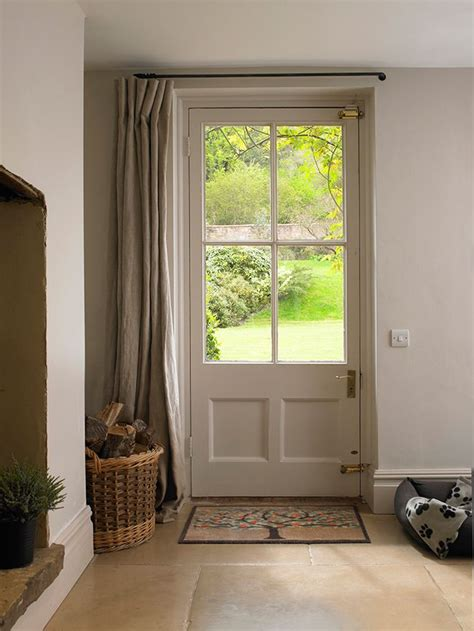 curtain over front door 25 best ideas about entrance halls on pinterest
