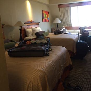 number of hotel rooms in las vegas luxor hotel and casino las vegas 2039 photos 2741 reviews hotels the las vegas