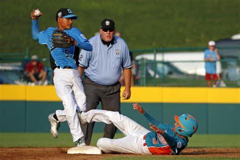 imagenes de venezuela beisbol venezuela deja en el terreno y elimina a dominicana del
