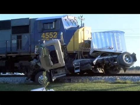 truck crashes truck crashes truck accidents 2014