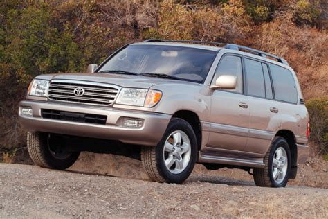 land cruiser 2005 2005 toyota land cruiser pictures photos gallery the car
