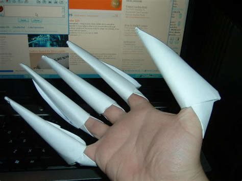 Origami Wolverine - cheap costumes to diy a photo gallery