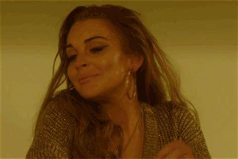 Lindsay Lohan Working On New Album by Lindsay Lohan Announces She S Working On A New Album