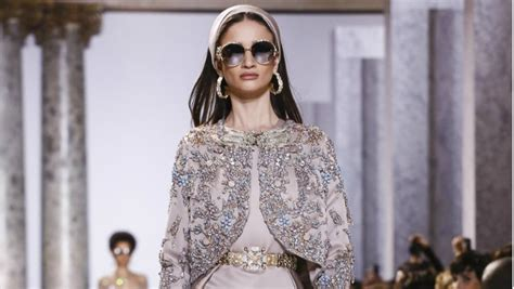 vintage trends 2017 vintage is back with elie saab s haute couture