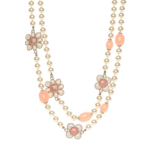 Necklace Korea Pearl Sturt chanel pearl gripoix poured glass cc korean blossom necklace pink gold 213575