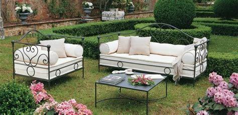 sofas para jardines exteriores sillones para el jardin juego living jardin sillones de