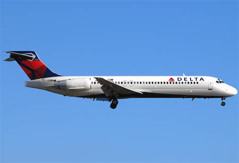 delta 717 seat map boeing 717 200 delta airlines photos and description of
