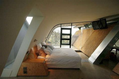 how to keep an attic bedroom cool 17 cool ideas for bedroom for all ages