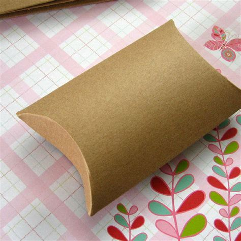 Buy Pillow Boxes by Custom Print Corrugated Recycled Kraft Paper Pillow Boxes