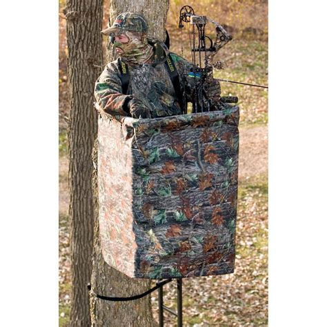 big treestands the xl hang on tree stand from big 174 treestands 167456 hang on tree