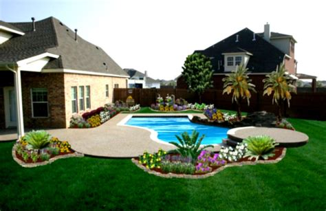 Exterior Fascinating Landscaped Backyards Ideas Frexone Small Backyard With Pool Landscaping Ideas