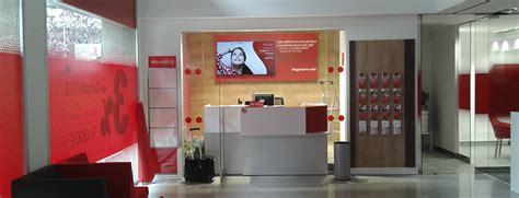 red de oficinas santander santander espa 209 a inaugura las nuevas oficinas quot smart red