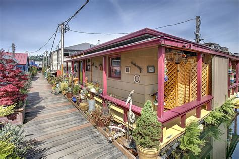 houseboat colour colorful floating home in eastlake seattle