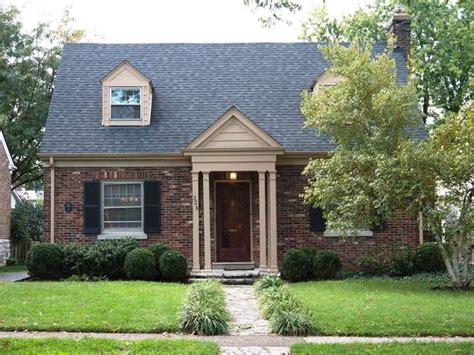 cape cod house idea home features pinterest brick cape cod portico home renovation pinterest home