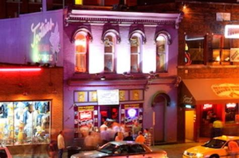top 10 nashville bars 10 of the best downtown nashville bars on lower broadway