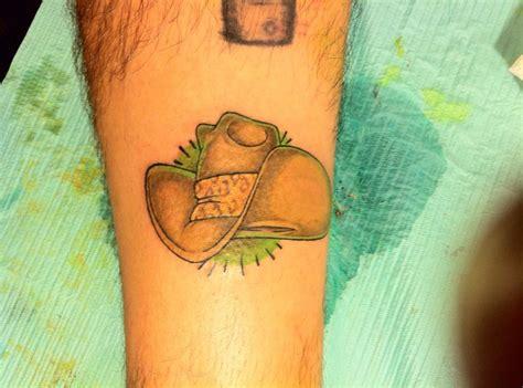 cowboy hat tattoos cowboy hat tattoos
