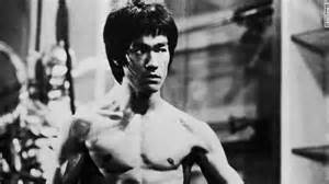 Bruce lee the martial arts expert and quot enter the dragon quot actor died