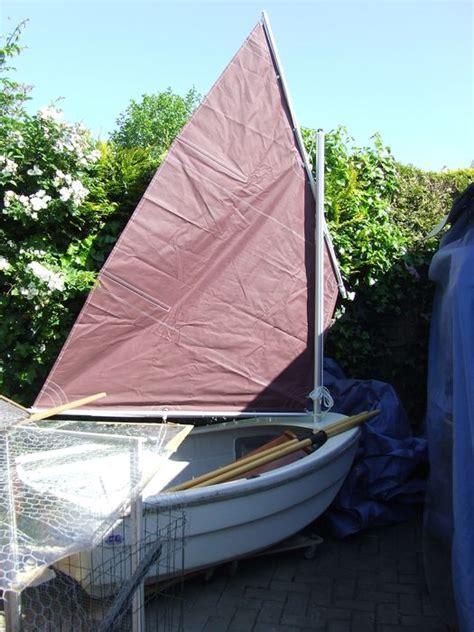 roeiboot voor zeilboot zeil roeiboot fluistermotor en accu