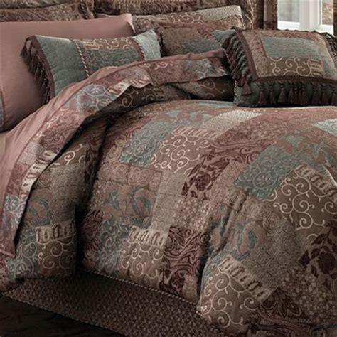Croscill Classics Brown Comforter Set by