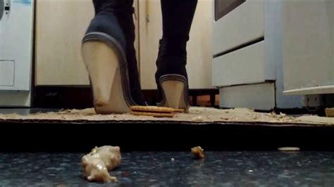 boat shoes keep slipping off slippery tiramisu and snacks crush in black knee high