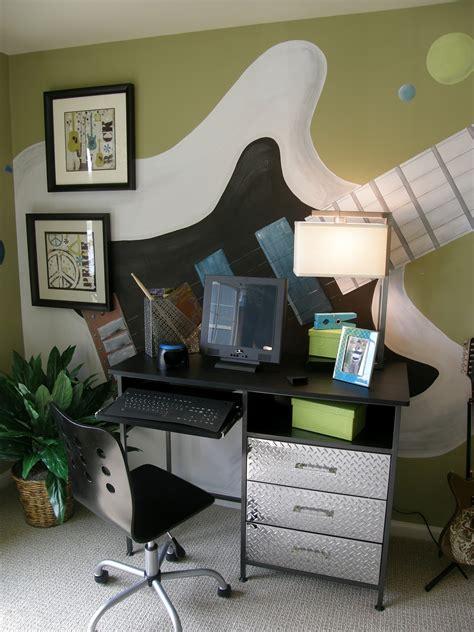 bedroom musical bedroom for teen boy with guitar decor jam session teen bedroom design dazzle