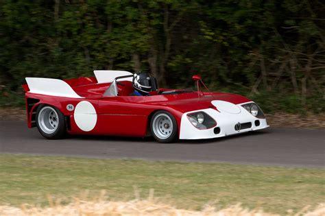 alfa romeo tipo 33 the development racing history alfa romeo tipo 33 tt3 5 1971 racing cars