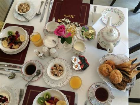 How To Set Up A Bed And Breakfast Beautiful Table Setting Best B B Breakfast Beginnings Picture Of House Bed And