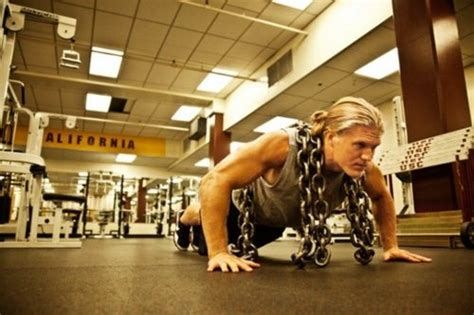 clay matthews bench press clay matthews off season workout routine monsterabs