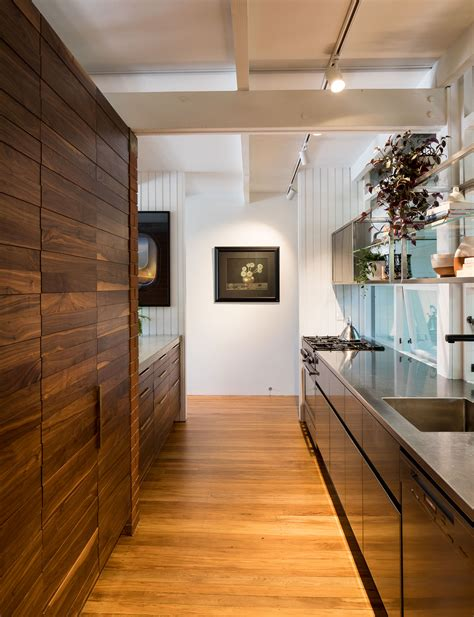 Kitchen Brightside by Architect Julian Guthrie Improves On An Original Don Cowey