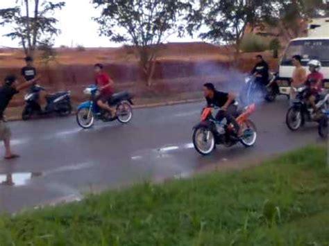 film balap mobil luar negeri takdir ibnu bedanya balap motor dan mobil indonesia