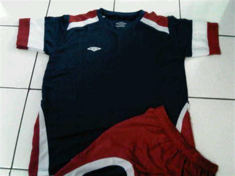 Kaos Umbro Hitam by G Sport Menjual Berbagai Macam Keperluan Sepakbola Dan