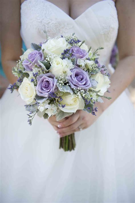 wedding flower ideas pictures purple and white wedding bouquet green weddings