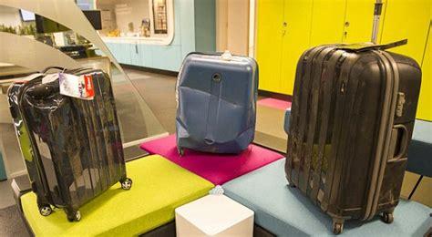Koper Travel Singgle 16 Inchi skyscanner suitcase must die challenge sees luggage hit