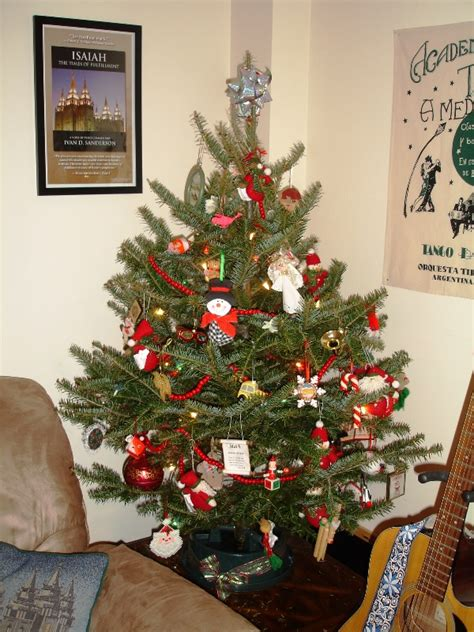 real christmas tree decorations ideas   love