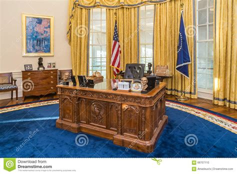 white house replica floor plans rock ar usa circa february 2016 table in